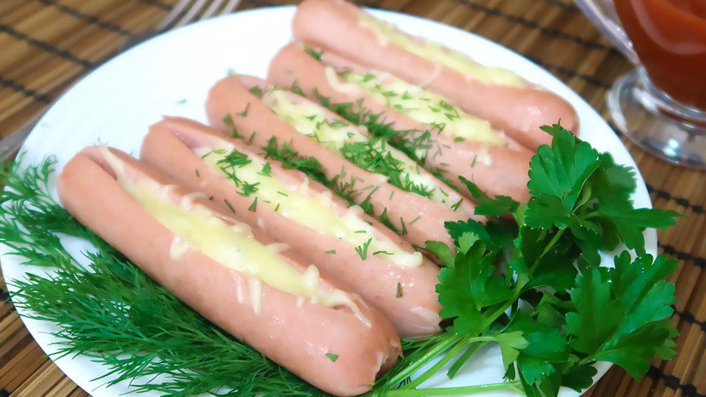 Сосиски с сыром запеченные в духовке