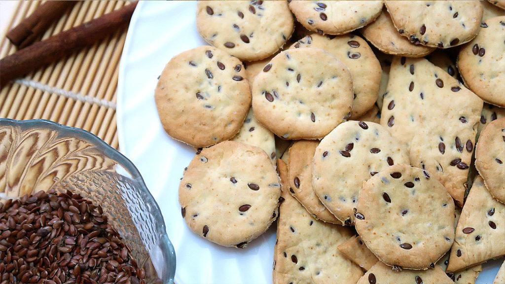 Печенье крекер с семенами льна