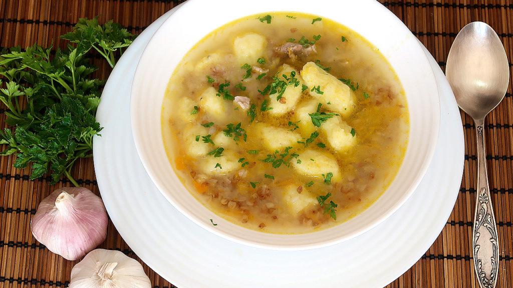 Гречневый суп с клецками