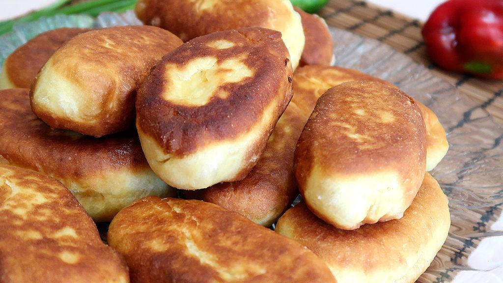жаренные пирожки на кефире