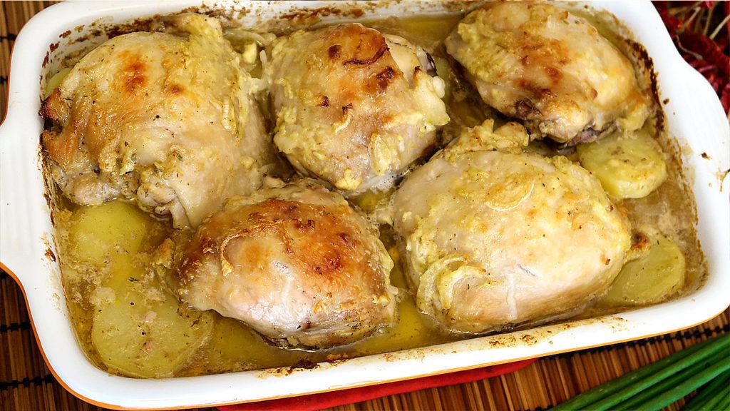 Куриные бедрышки в кефире
