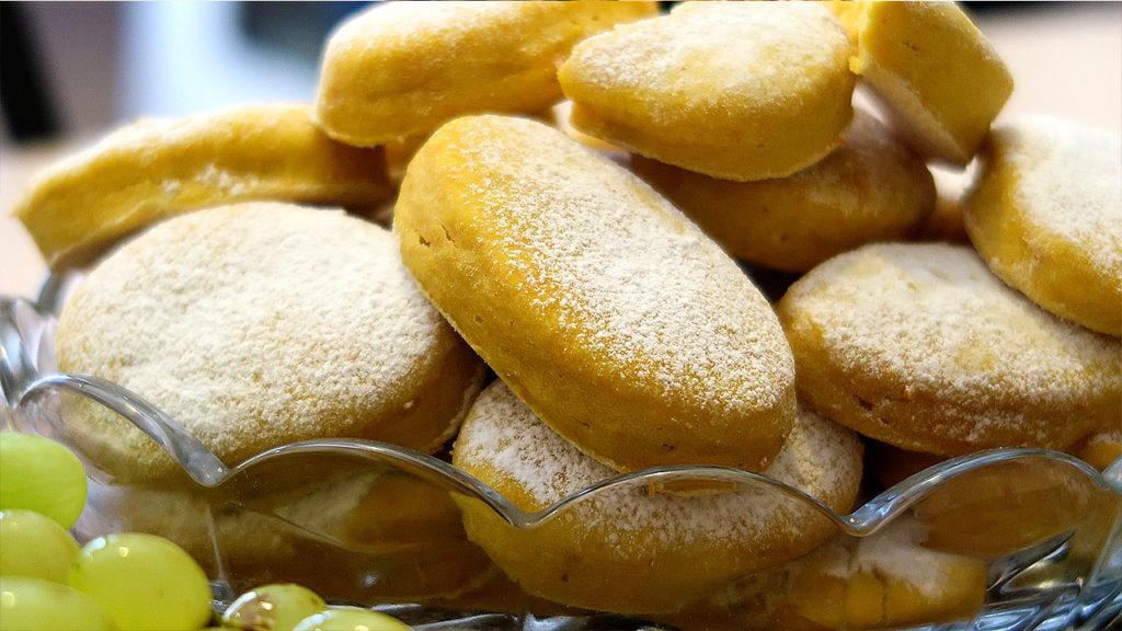 Мягкое тыквенное печенье на сметане
