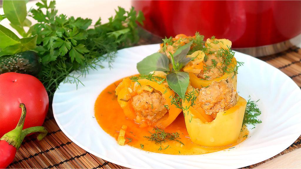 Фаршированный картофель на сковороде