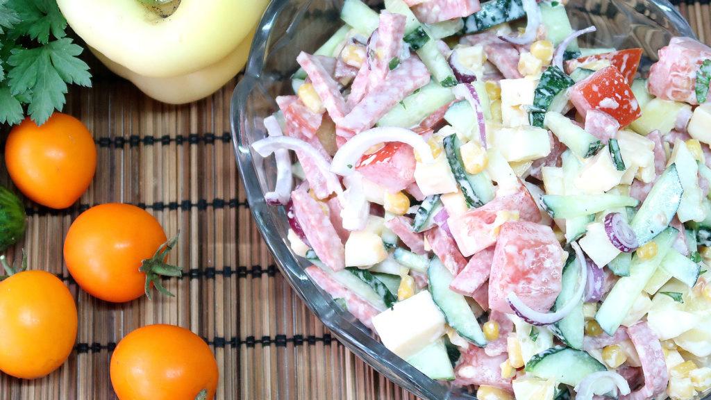 Яркий и вкусный салат Мексика